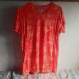 Saucony orange drifit shirt