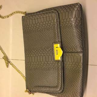 Women's Bags and Wallets