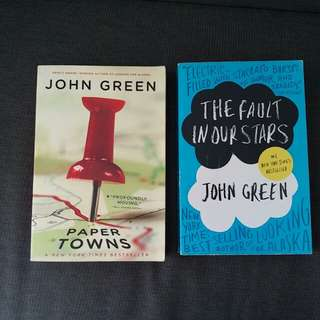 3 John green books Paper Towns, Looking for Alaska & Fault with our Stars