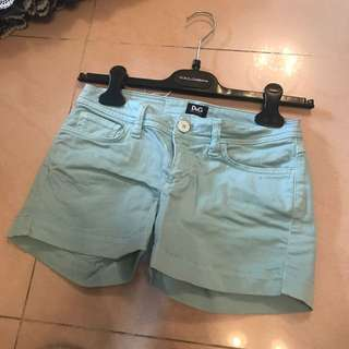 Dolce and gabbana 短褲100%real 95%new 不議價 不包郵