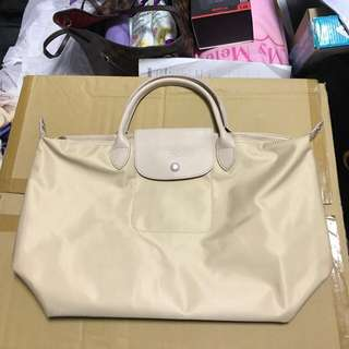 Longchamp Neo Medium in beige colour