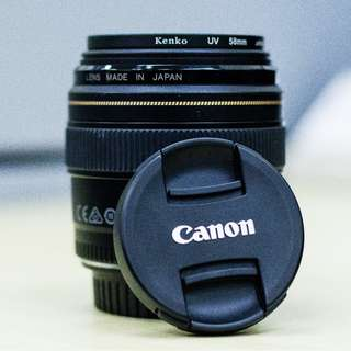 Canon EF Lens 85mm f 1.8
