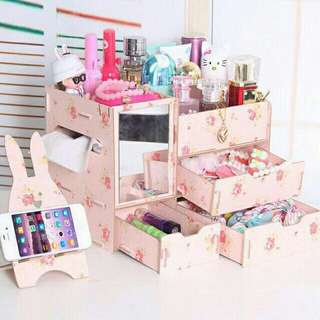 Make up organizer with mirror and tissue holder