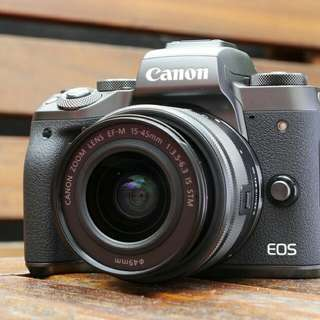 Kredit Canon EOS M6 Mirrorless Digital Camera with 15-45mm Lens - Cicilan tanpa CC
