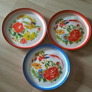 Rare Footed Enamel Tray x 3pcs (45cm)