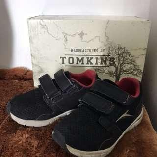 Tomkins Size 28