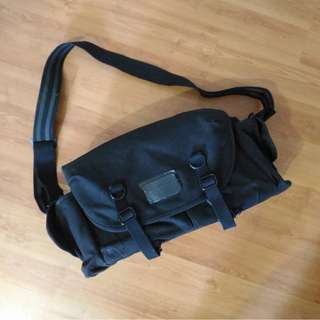 DOMKE F6 BAG LOOKALIKE
