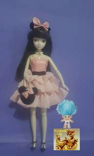 Kurhn Doll Classic Minnie Fashion Doll