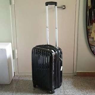 "Polo Club 20.5"" Cabin 4 Wheel Luggage Case"