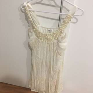 Valley girl lace dress with pearls