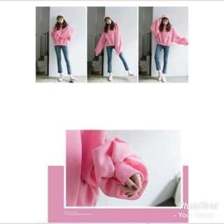 粉紅色微短版大學T