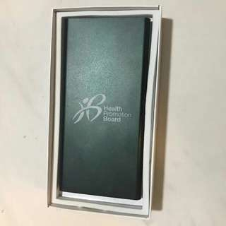 BNIB Limited edition Powerbank 10000mAh selling only sgd15!
