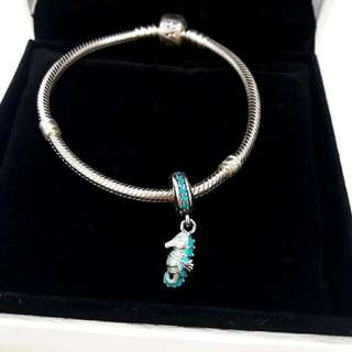 Pandora Starter Clasp Bracelet 590702HV-17 with Turquoise Seahorse Charm