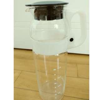 玻璃水壺 water kettle