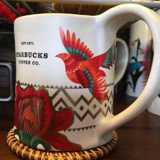 Starbucks (國內鶴山市)