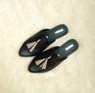 New! Selop Black