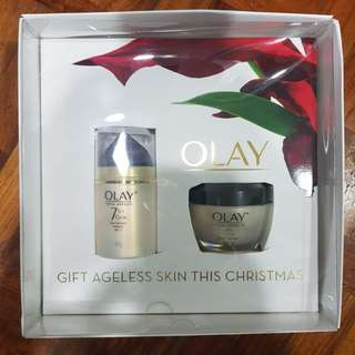 Olay total effects holiday set