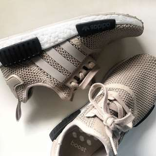 AUTHENTIC ADIDAS NMD R1 W