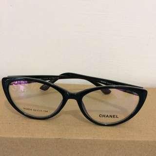 Kacamata chanel cat eye black