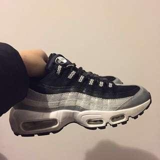Nike max95