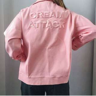 CREAM ATTACK BLUSH JACKET****SLIDE FOR FLAW  FITS LARGE PRICE: P 350