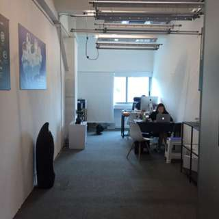 Office space/unit for co-sharing