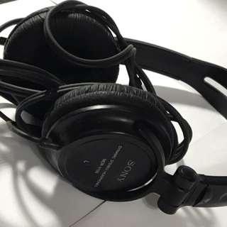🚚 重低音耳罩式耳機
