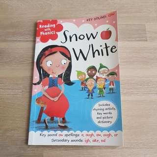 Snow white story book