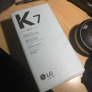 LG K7 2017