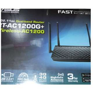 ASUS RT-AC1200G+ Dual-band wireless Gigabit Router