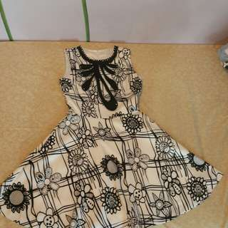Monochrome flower dress