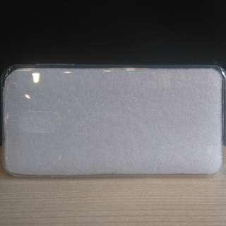Samsung Galaxy C8 透明手機套