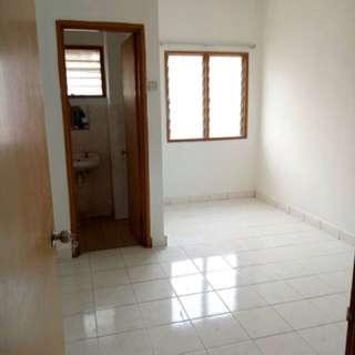 room for rent / bilik sewa