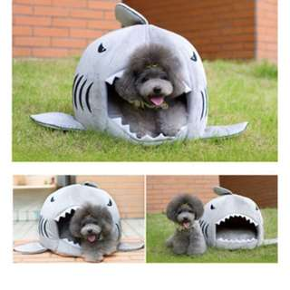 Shark Pet House (Suitable for Small dogs and cats)