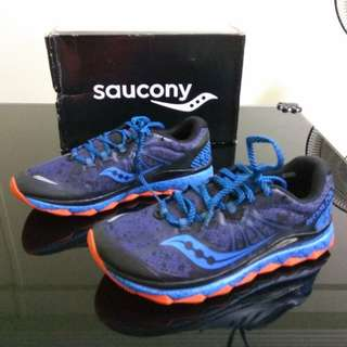 Brand new Saucony Nomad Power Grid for men