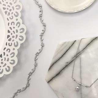 18K白金鑽石手鏈(左)
