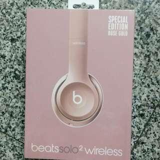 Beats solo2 wireless 耳罩式耳機 全新的未拆封 玫瑰金