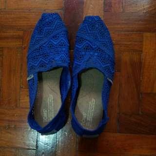 Authentic TOMS Shoes US 7