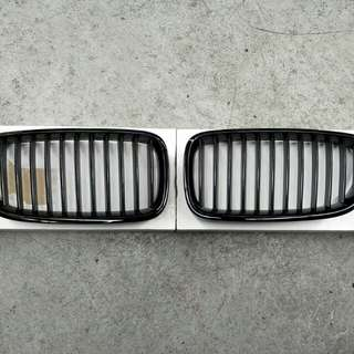 BMW F10 Original Black Radiator Grills
