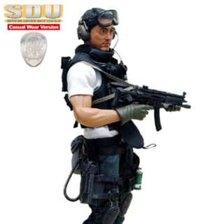 Hot Toys 1/6 Special Duties Unit (SDU) 3.0 Casual Wear Version - Michael Wong