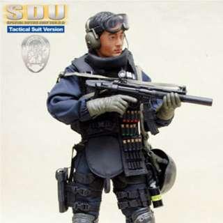 Hot Toys 1/6 Special Duties Unit (SDU) 3.0 Tactical Suit Version - Shawn Yue