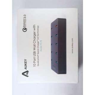AUKEY FAST CHARGER 10 USB PORT QC 3.0 SMART CHARGER