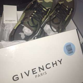GIVENCHY KNOT CAMOUFLAGE TRAINERS