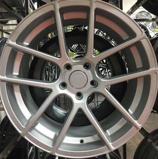 """19"""" Staggered Rims"""