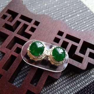 翡翠A貨2號種好水潤細膩滿色滿綠託銅耳釘一對走價格包郵順豐不議不退,配送證書