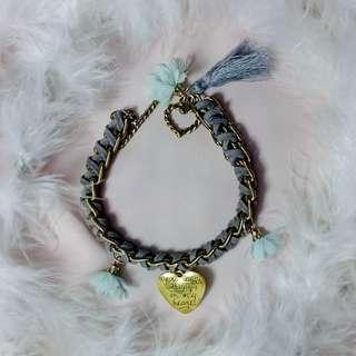 Charm Bracelet (gray)
