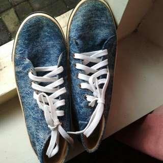 Sneakers SWAG