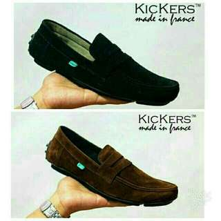 Sepatu pria Kickers javelin
