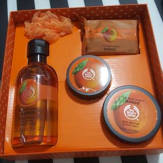 Body Shop Gift Set Mango Festive Picks