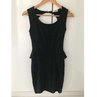 Dress PULL AND BEAR preloved